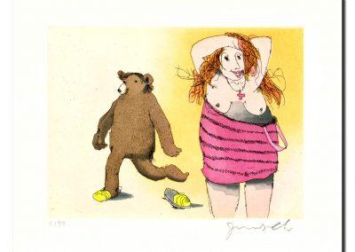 Frau mit Bär